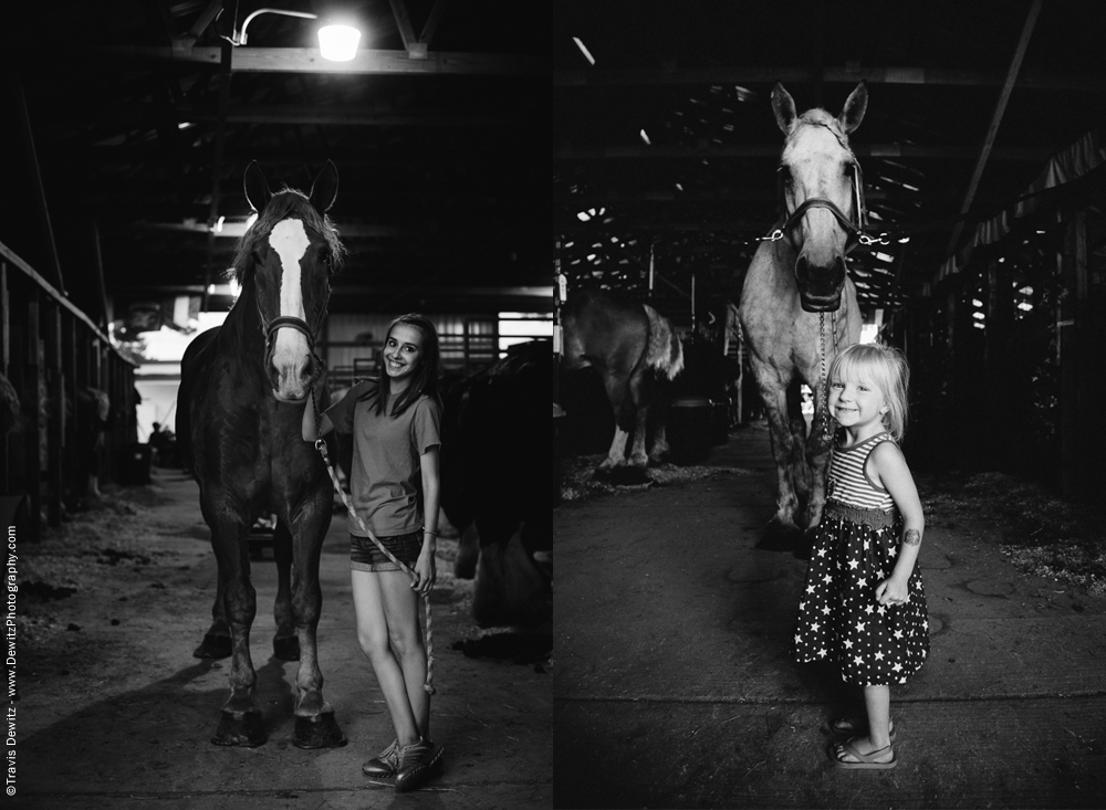 Northern Wisconsin State Fair Girls Posed With Horses