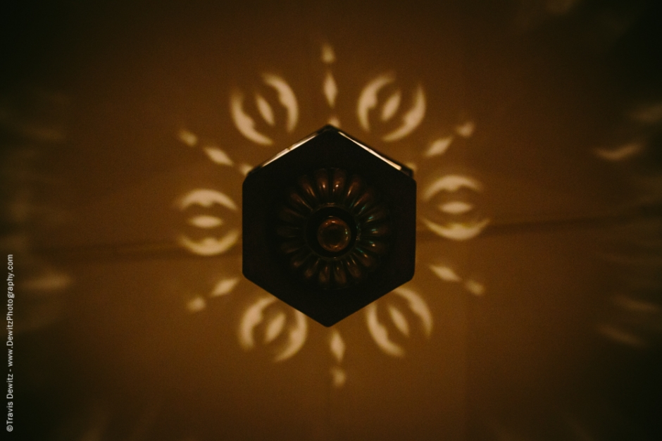 Hanging Lamp Pattern on Ceiling