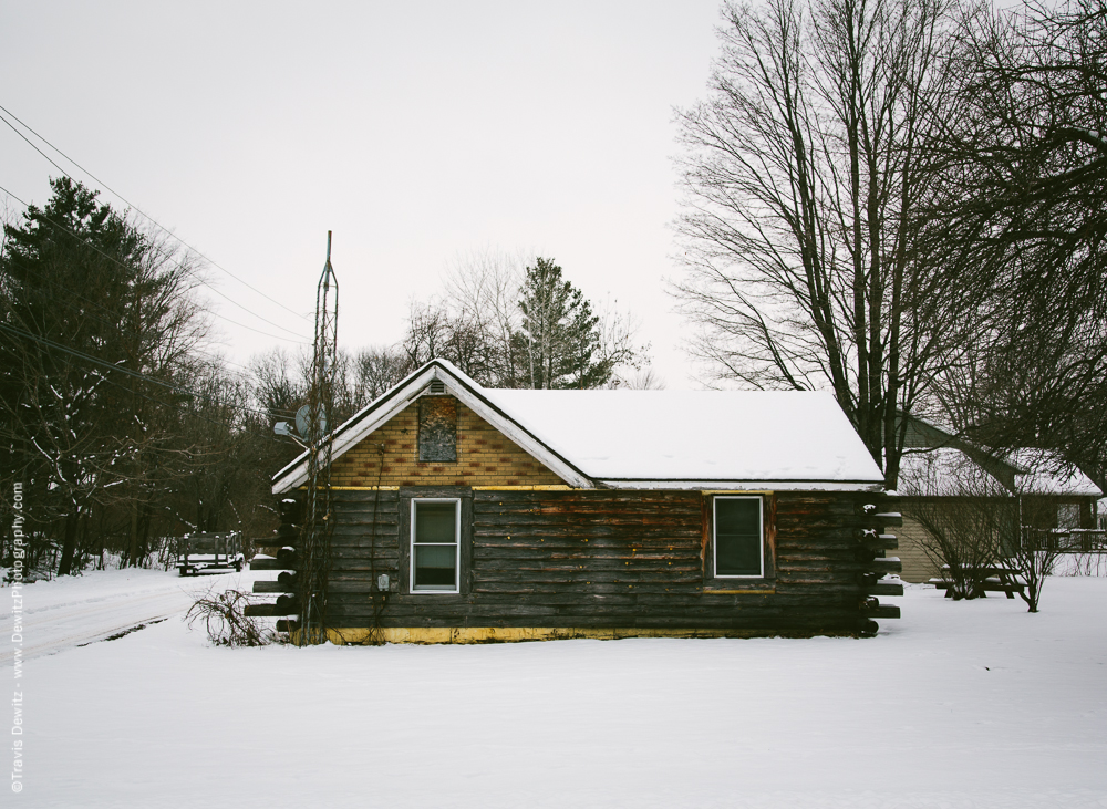 Chippewa Falls- Log Home