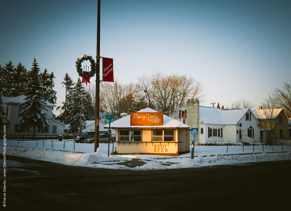 This building once housed the first A&W Root Beer franchise in Chippewa Falls and was located at River and Bridge. The stand was moved to this location in the early 50's.
