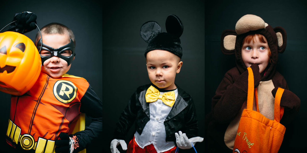 Halloween-Costume-Portrait-robin-micky-mouse