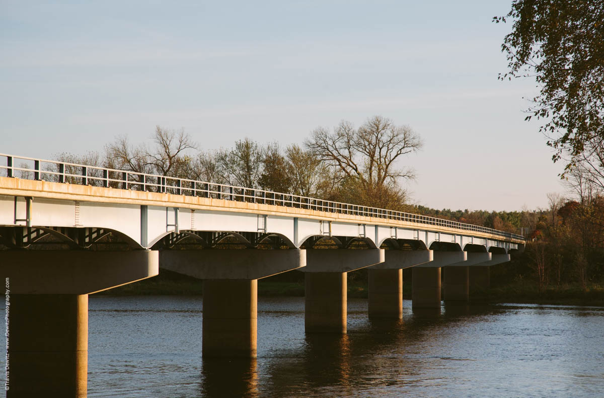 caryville-wi-chippewa-river-bridge-old-ferry-crossing