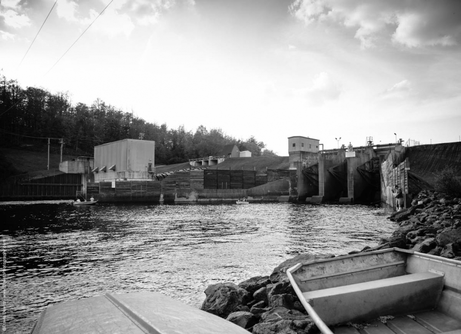 No. 8950 - Chippewa River Headwaters, Xcel Energy Hydro Dam - Winter, Wis.