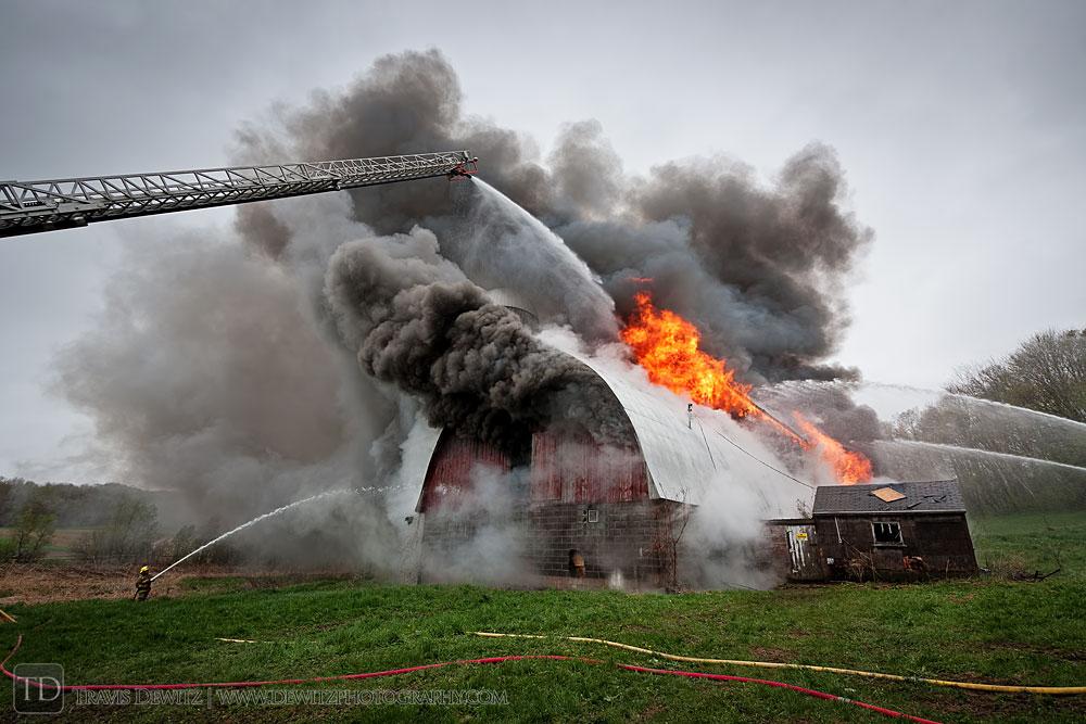 fall_creek_fire_dept_barn_fire_web