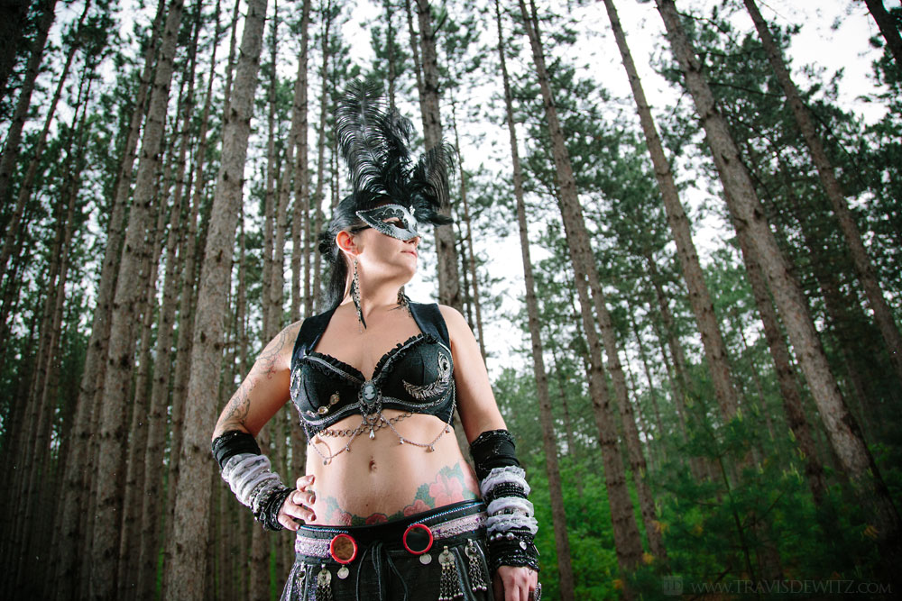 jean_belly_dancer_in_the_woods
