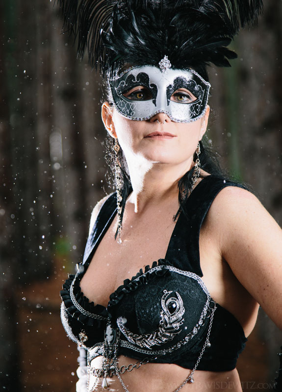 jean_belly_dancer_silver_mask_with_feathers_raining