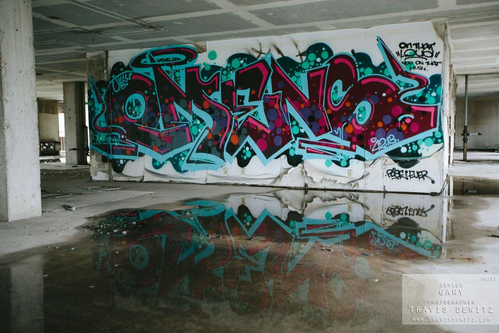 gary_in_graffiti_hilton_parking_ramp_6183_web
