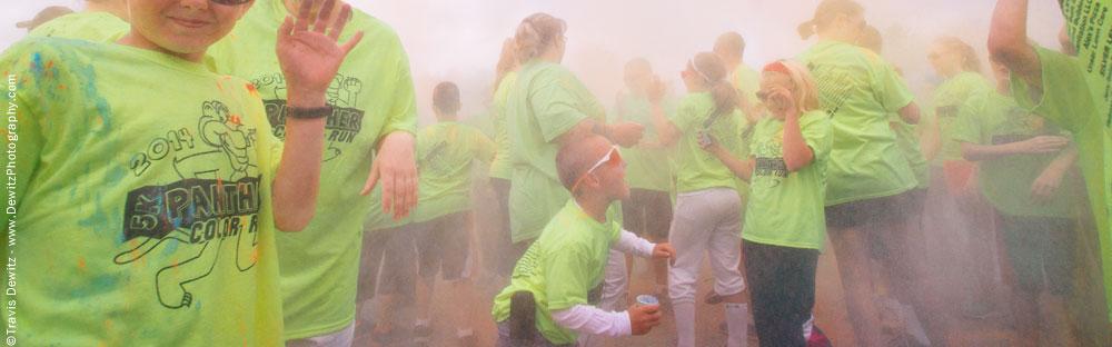 panther_color_run_powder_toss_start_of_race