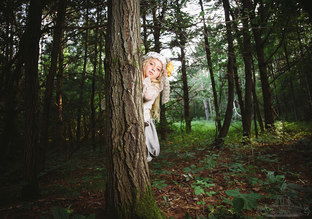 madalina_behind_tree_woods_web