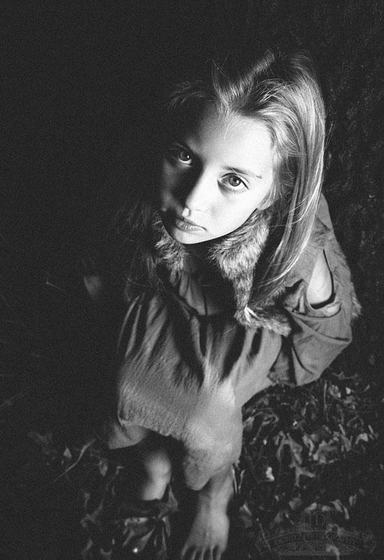madalina_lonely_portrait_web