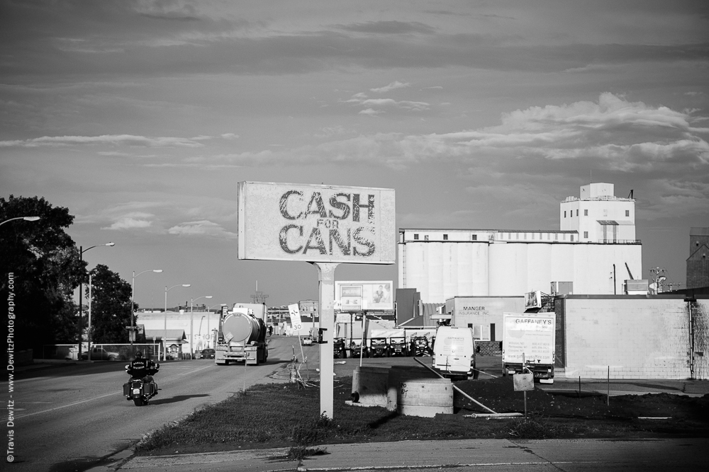 Cash for Cans in Williston