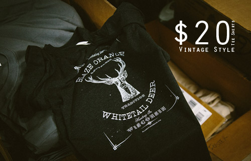 Blaze Orange Whitetail Deer Hunting in Wisconsin Vintage Tshirts Small