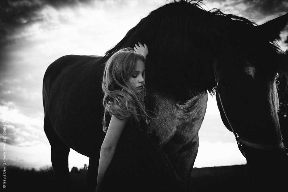 Teslyn - Sad Look With Horse