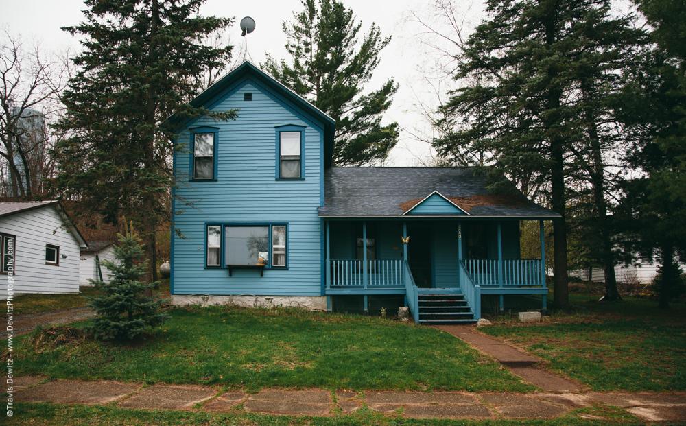 Fairchild_Wis_Blue House