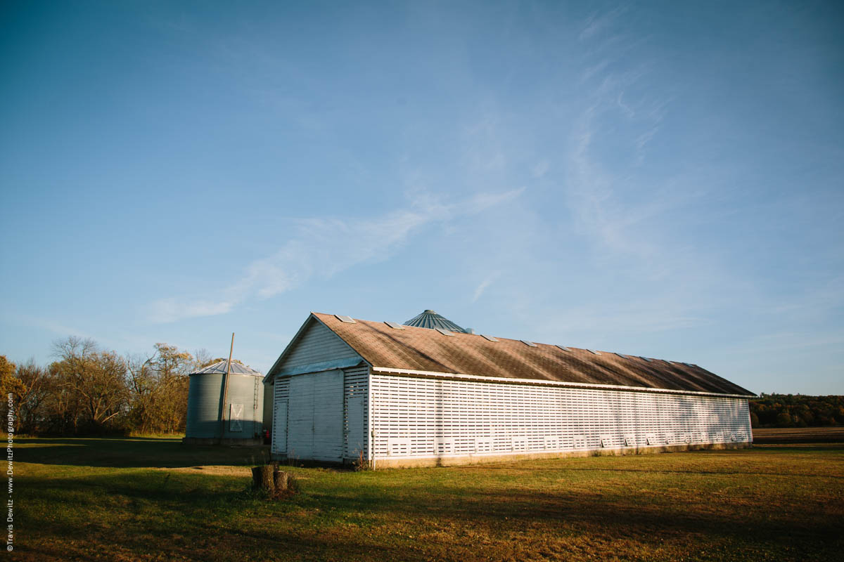 caryville-wi-long-white-farm-crop-shed
