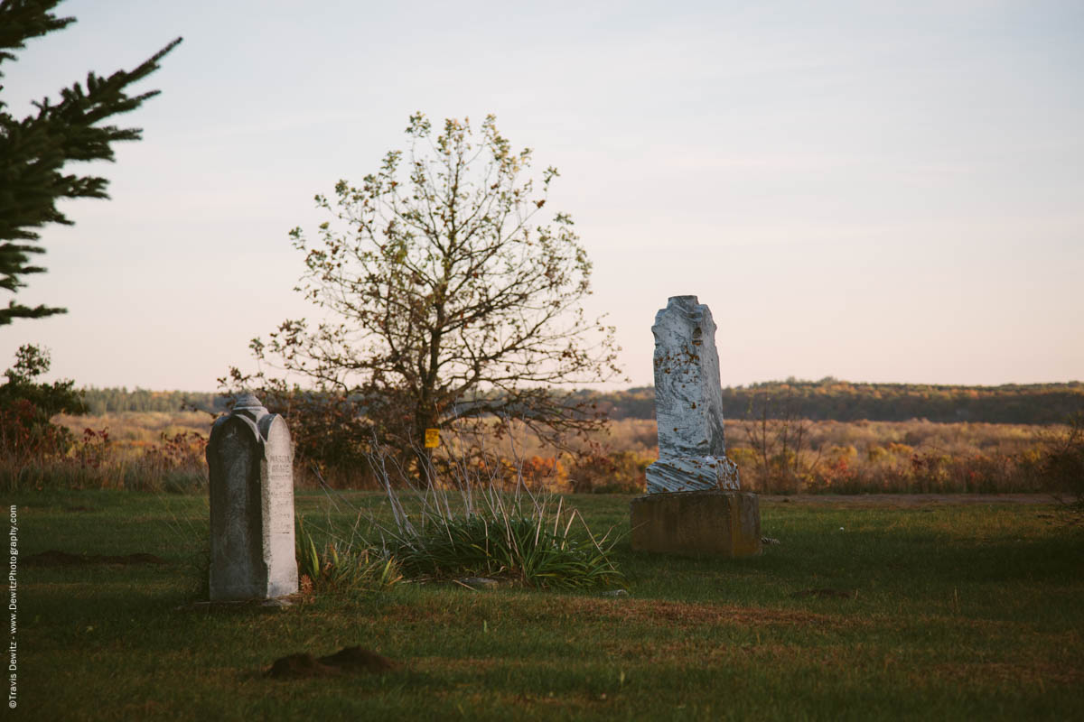 caryville-wi-sand-hill-cemetery-old-headstones
