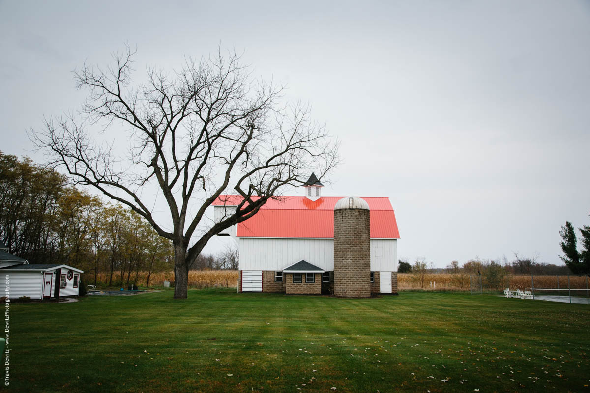 old-barn-and-silo-meridean-wi-historic-city-series