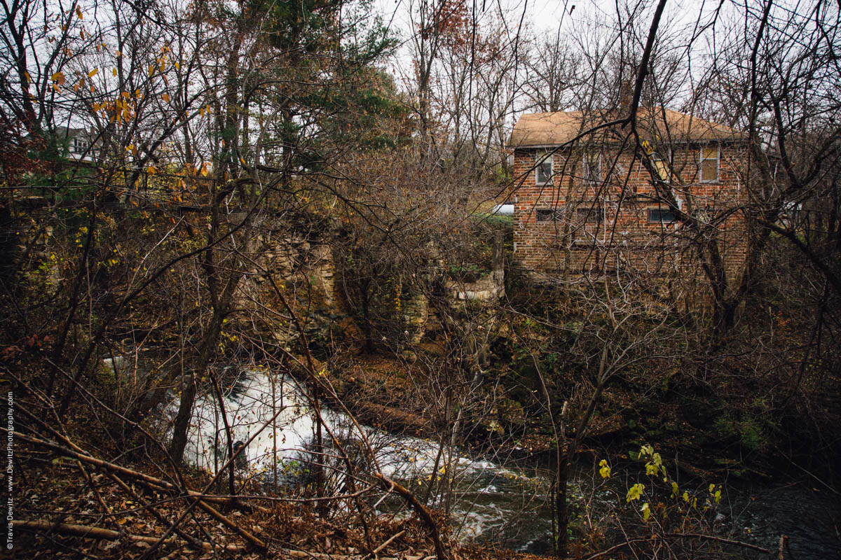 abandoned-mill-on-muddy-creek-falls-city-wi-historic-city