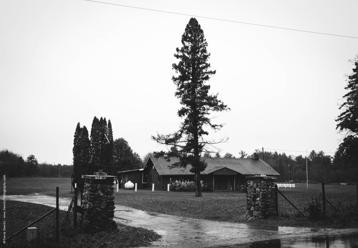 bit-and-spur-club-elk-lake-wi-historic-city