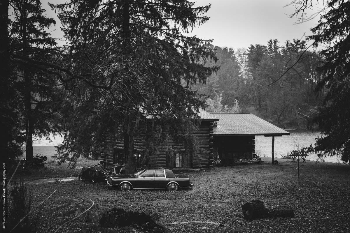 cabin-on-lake-old-chrysler-car-elk-lake-wi-historic-city