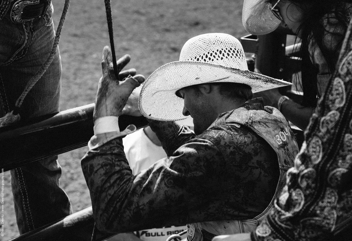Bull Rider Resins Leather Glove-3304