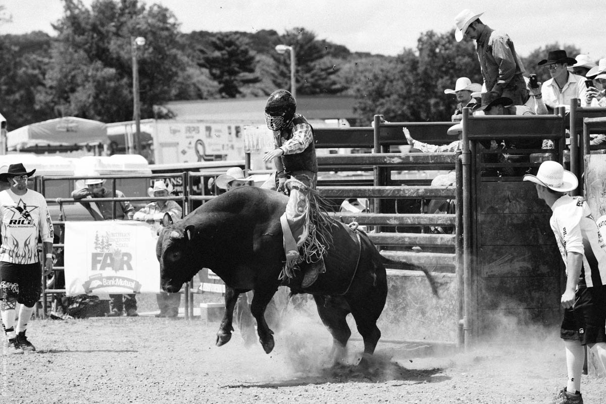 Bull Rider on Bucking Bull-2794