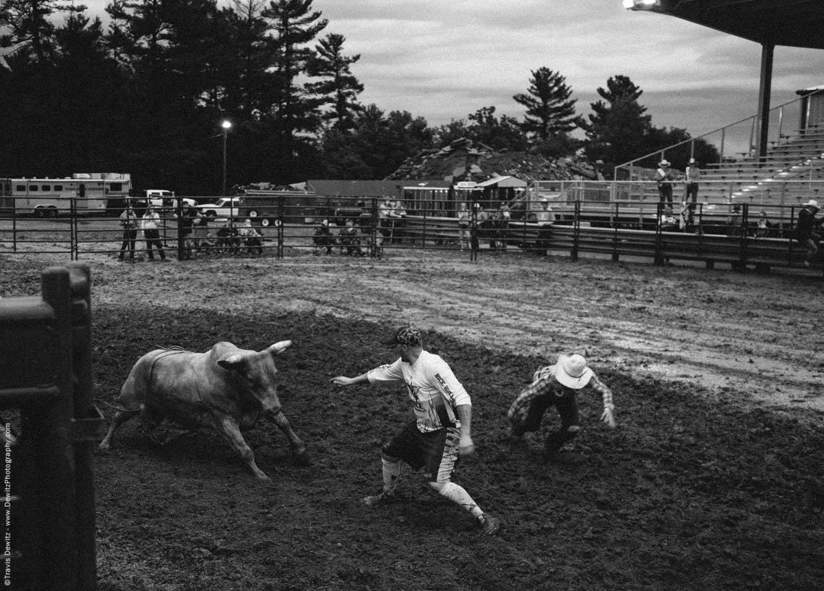 bull-attacks-bull-fighter-rice-bull-riding-5030