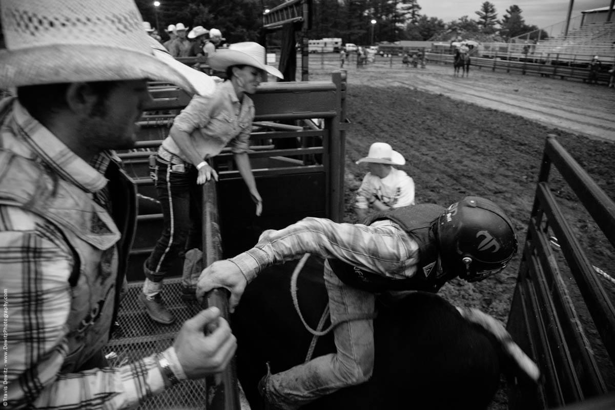 bull-rider-exits-chute-4662