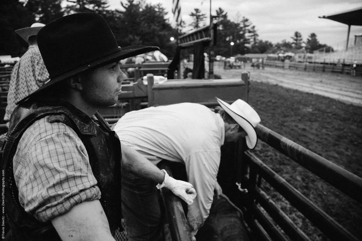 bull-rider-prepares-looking-at-arena-4721