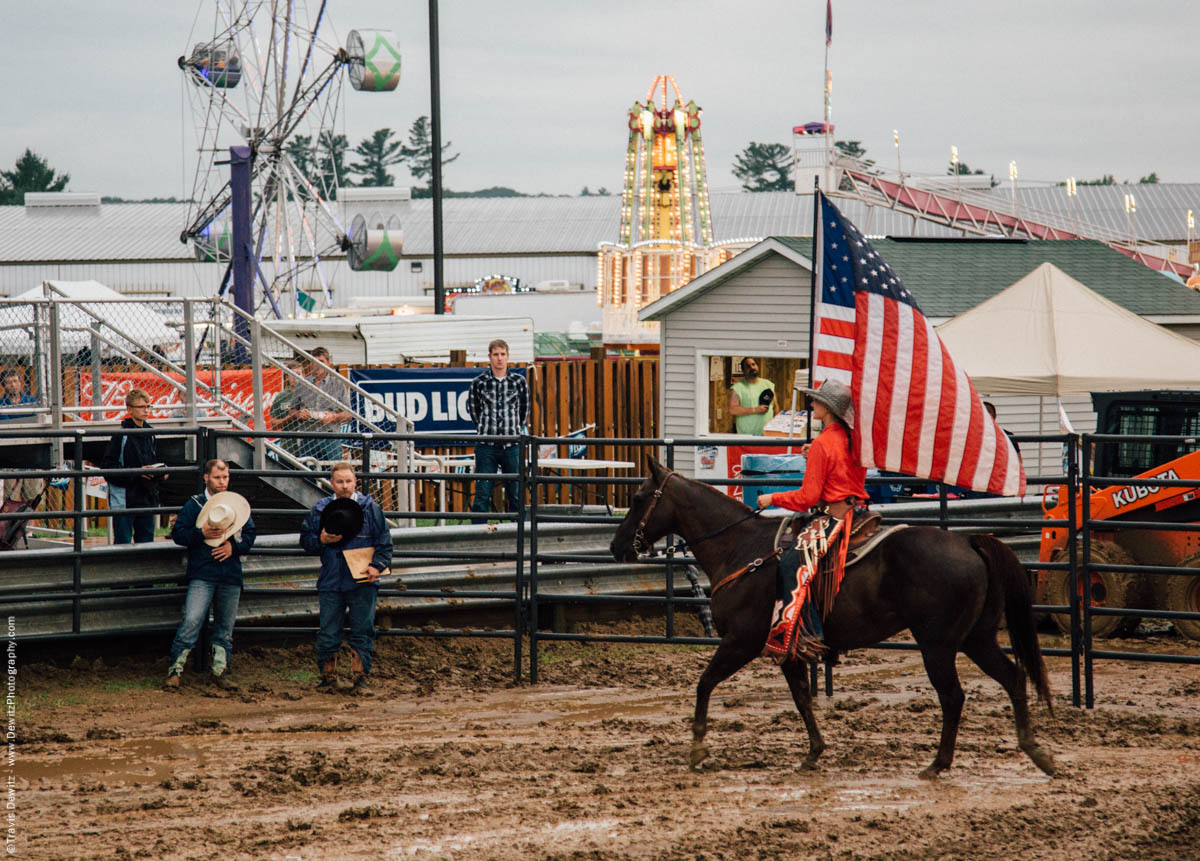 girl-on-horse-runs-american-flag-national-anthem-jackson-county-fair-black-river-falls-wi-4627