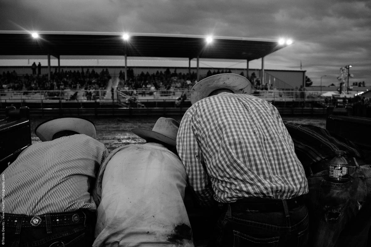 group-of-cowboys-at-rodeo-5098