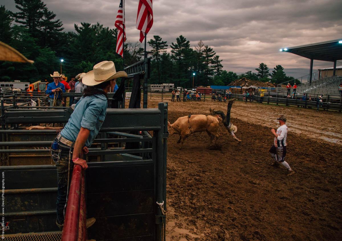 rider-flies-off-bull-backwards-in-mud-5028