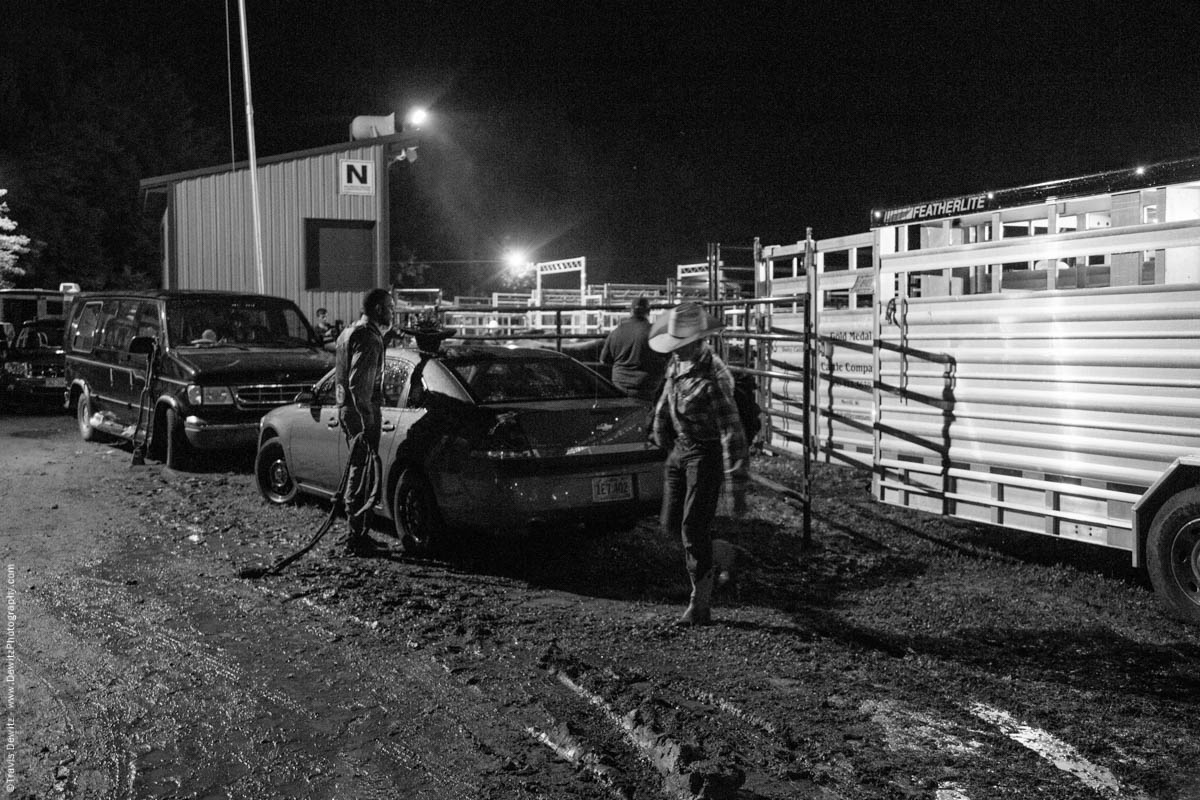 rodeo-ends-in-dark-riders-walk-out-5701